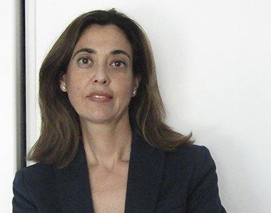 Silvia León